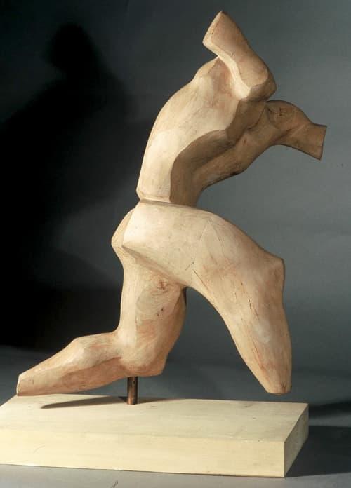 Figura en movimiento - Joaquín García Donaire - Escultor