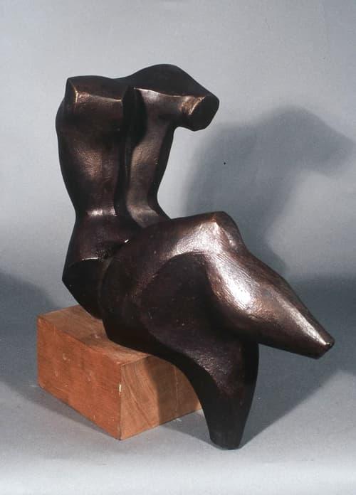 Torso sentado - Joaquín García Donaire - Escultor